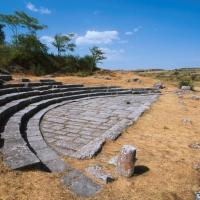 Montenerodomo (Ch), le rovine del municipium romano di Juvanum, il teatro