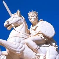 Giuliopoli (Ch), monumento equestre